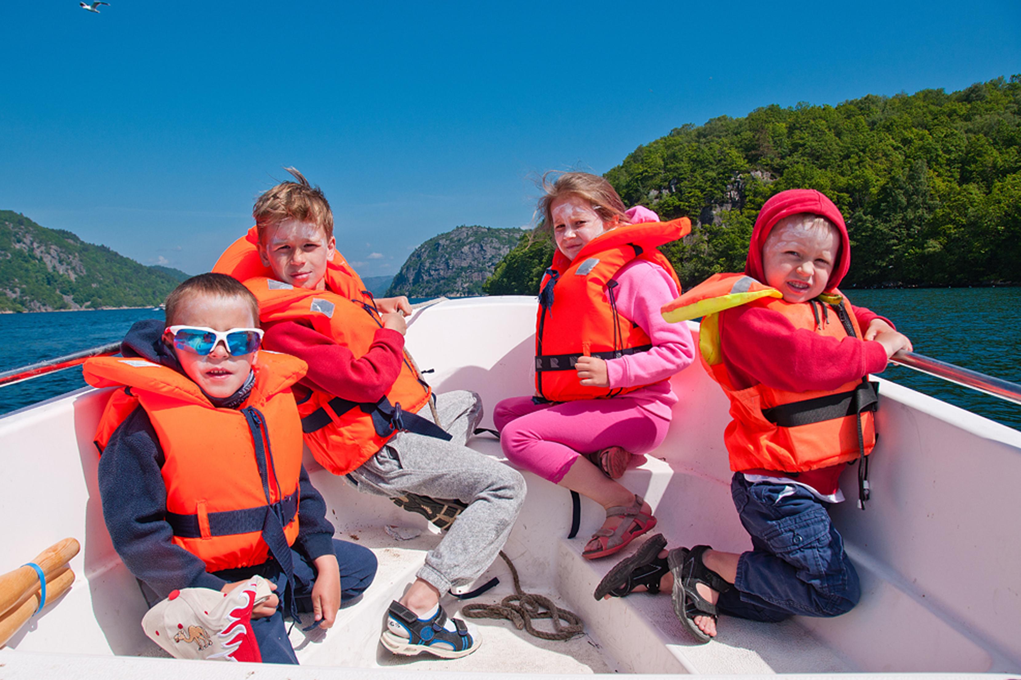 7 dicas simples que podem salvar o passeio com crianças a bordo.