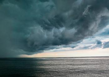 O que fazer se o seu barco pegar uma tempestade